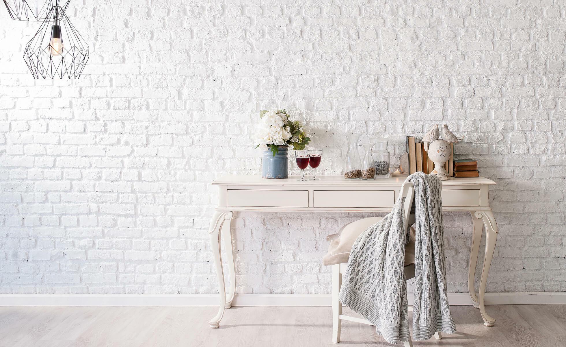 intérieur blanc vintage