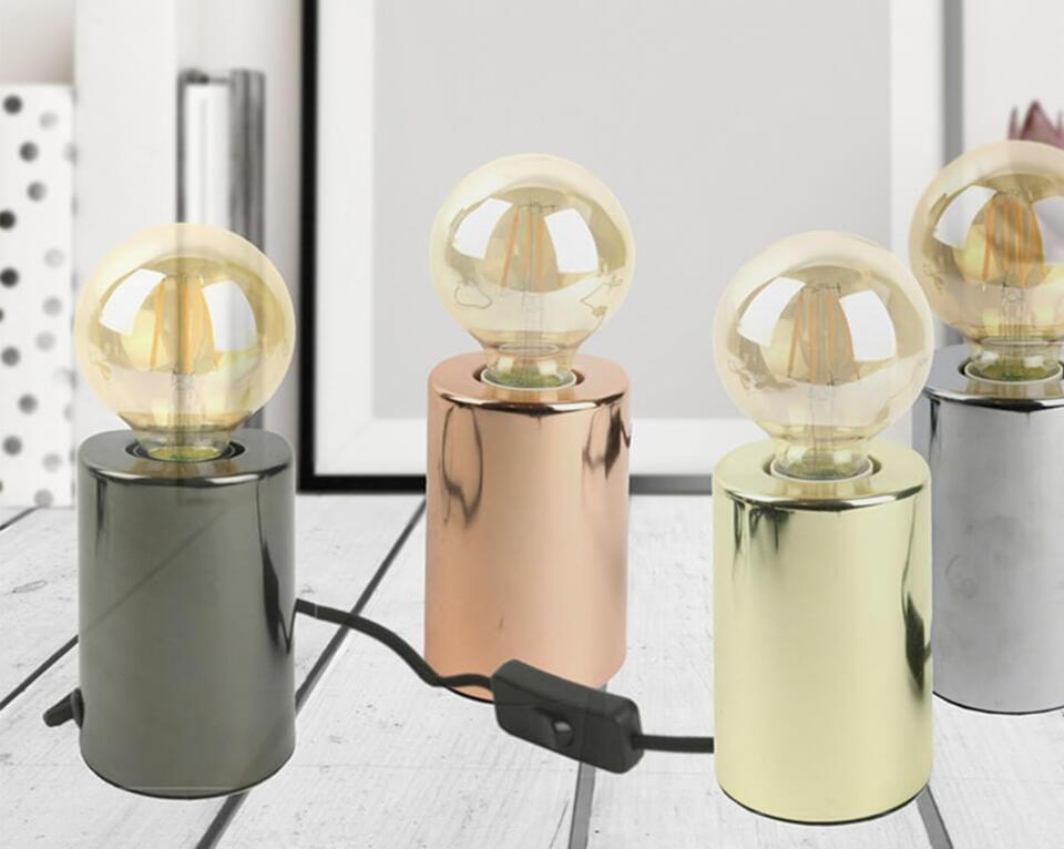 petite lampe rétro avec ampoule boule