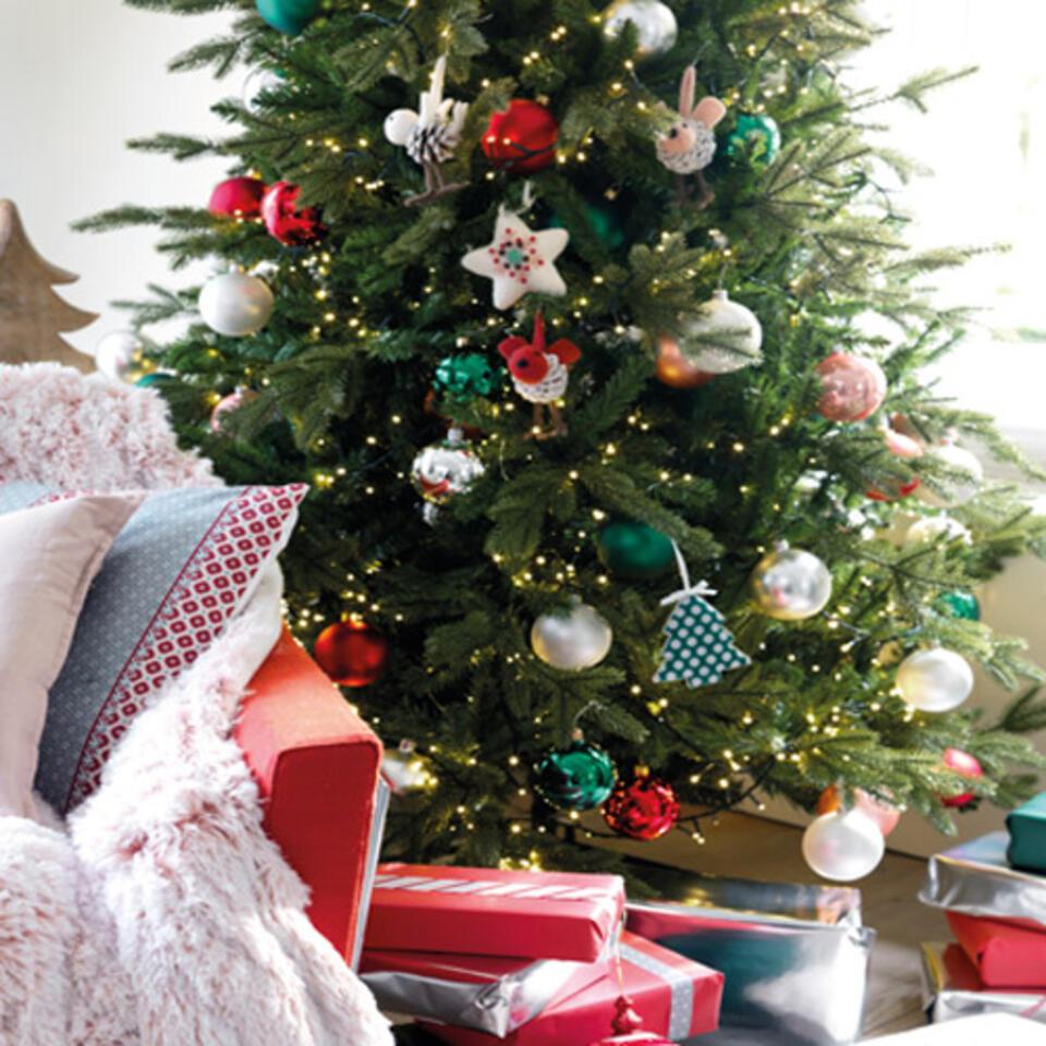 Albero di Natale con ghirlanda a luci LED integrata