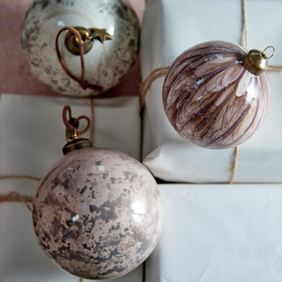 palline di Natale rosa