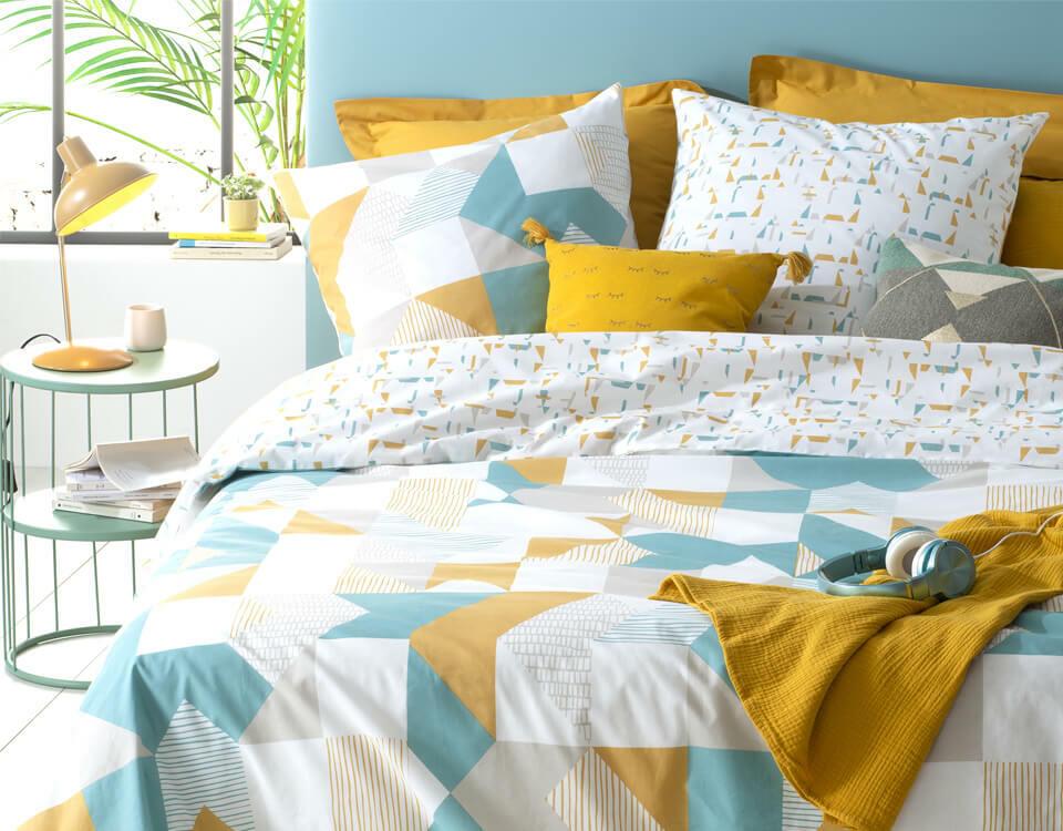 chambre ado garçon en jaune et bleu
