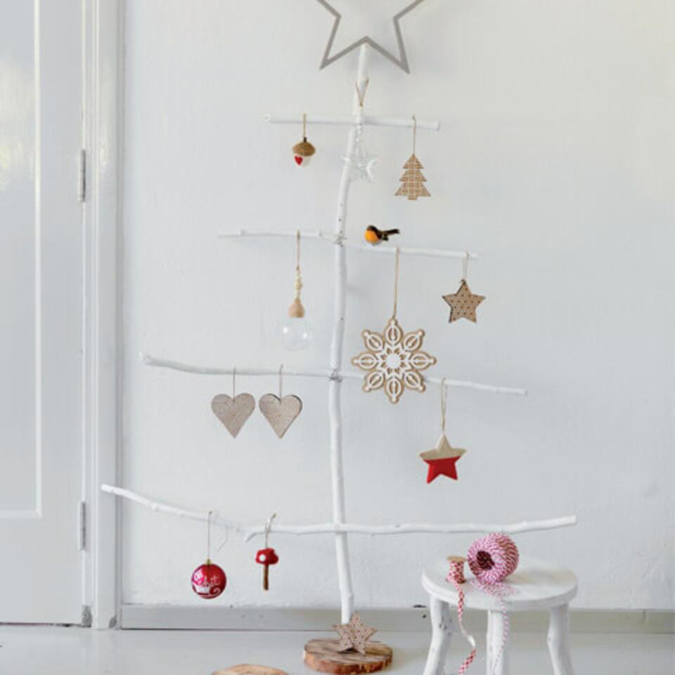 albero di Natale in legno di mare DIY