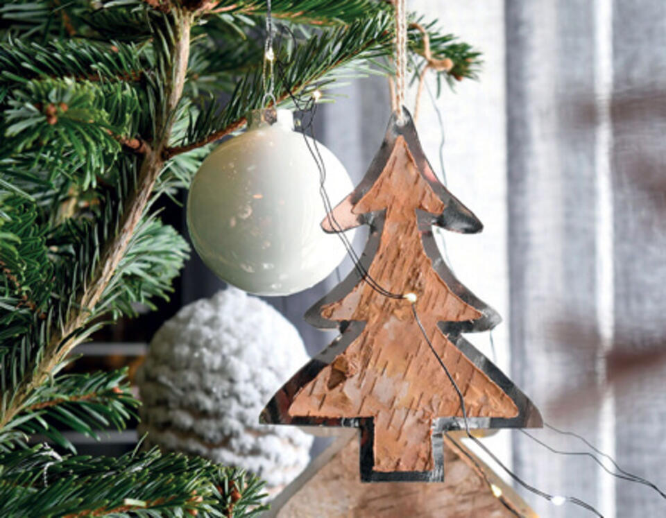 décoration sapin en bois