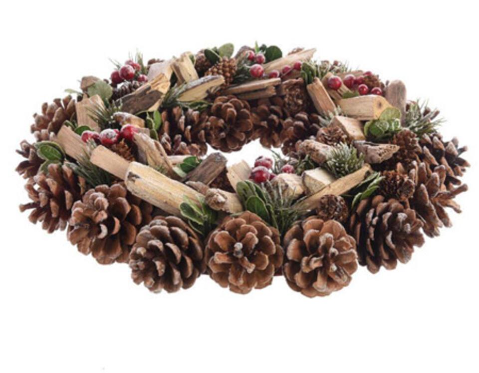 corona di Natale con pigne