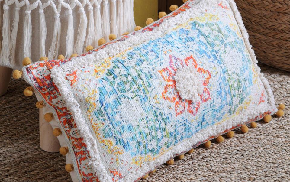cuscino rettangolare colorato stile marocchino
