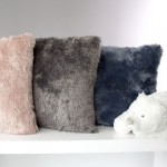 images/product/150/067/0/067087/coussin-pluch-40x40-gris-fonce-peluche_67087_1