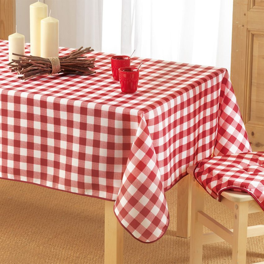 nappe rectangulaire l240 cm vichy rouge nappe de table eminza. Black Bedroom Furniture Sets. Home Design Ideas