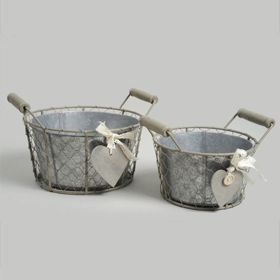 lot de 2 cache pots c ur en zinc gris meuble d 39 appoint eminza. Black Bedroom Furniture Sets. Home Design Ideas