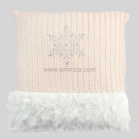 coussin imitation fourrure tricot rose coussin et housse de coussin eminza. Black Bedroom Furniture Sets. Home Design Ideas