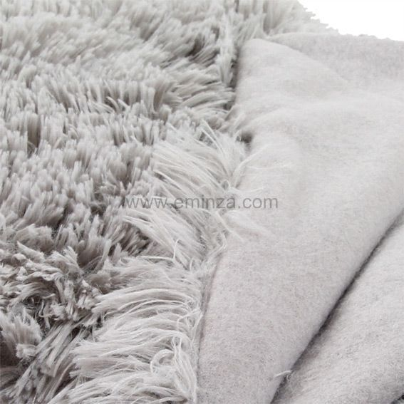 plaid fausse fourrure marmotte gris clair plaid fausse. Black Bedroom Furniture Sets. Home Design Ideas