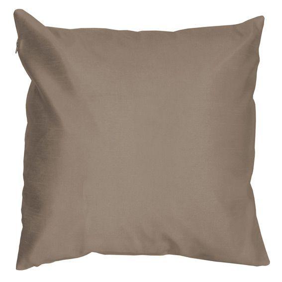 housse de coussin shantung soiry taupe coussin et housse de coussin eminza. Black Bedroom Furniture Sets. Home Design Ideas