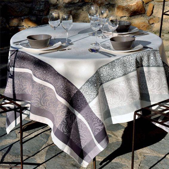Nappe rectangulaire jacquard bargeme noir anti tache for Nappe de table rectangulaire