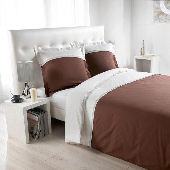 housse de couette et deux taies 240 cm duoline taupe housse de couette eminza. Black Bedroom Furniture Sets. Home Design Ideas
