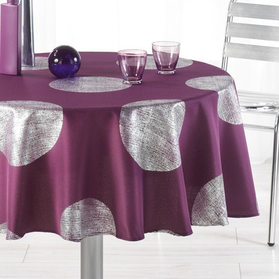 nappe couleur prune table de cuisine. Black Bedroom Furniture Sets. Home Design Ideas