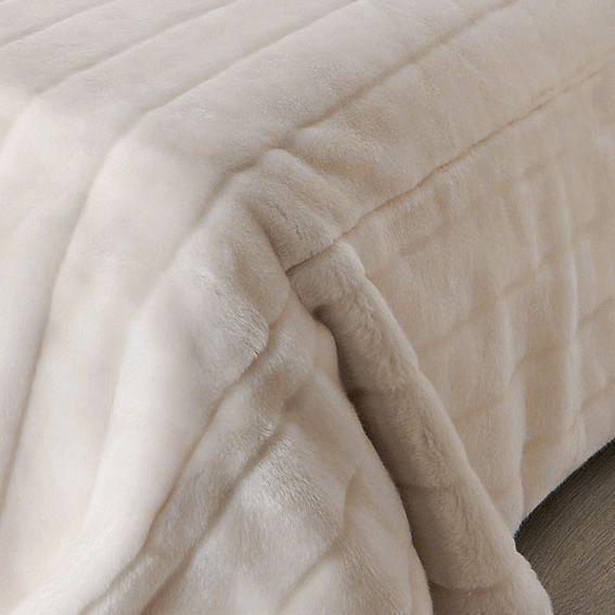 Couvre lit 230 x 250 cm op ra ivoire couvre lit - Dessus de lit fourrure ...
