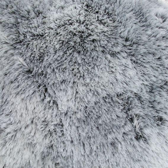 coussin fausse fourrure ours gris coussin et housse de coussin eminza. Black Bedroom Furniture Sets. Home Design Ideas