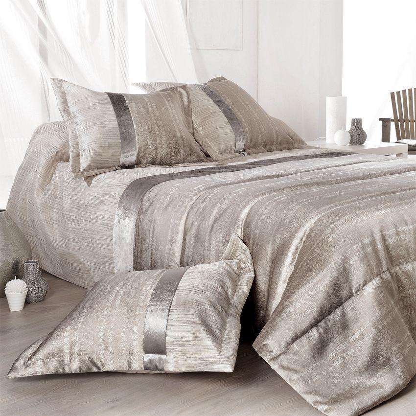 Boutis et taie d 39 oreiller 180 x 240 cm plaza argent couvre lit bouti - Boutis beige et taupe ...