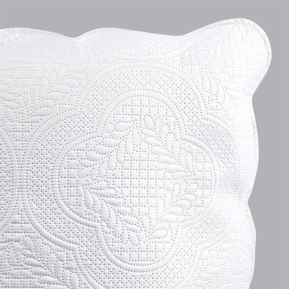 housse de coussin boutis 60 cm melissa blanc coussin et housse de coussin eminza. Black Bedroom Furniture Sets. Home Design Ideas