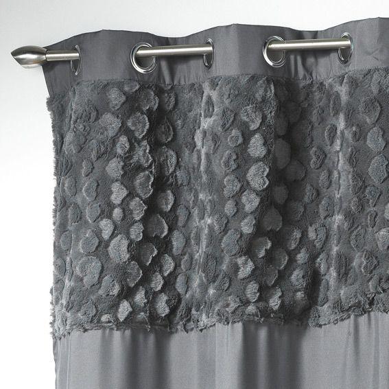 rideau gris avec coeur. Black Bedroom Furniture Sets. Home Design Ideas