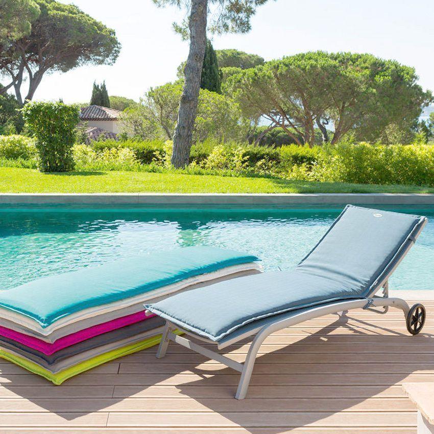 coussin bain de soleil river gris cendr coussin de bain de soleil eminza. Black Bedroom Furniture Sets. Home Design Ideas