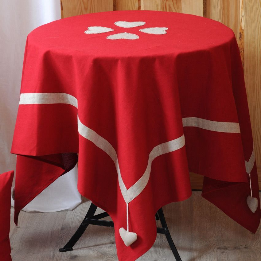 nappe rectangulaire l250 cm joliesse rouge nappe de table eminza. Black Bedroom Furniture Sets. Home Design Ideas