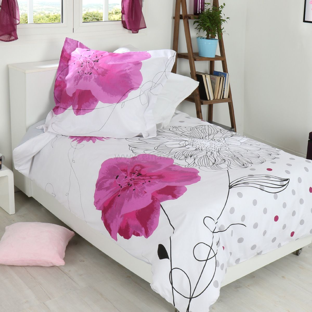housse de couette et une taie 140 cm florela housse de. Black Bedroom Furniture Sets. Home Design Ideas