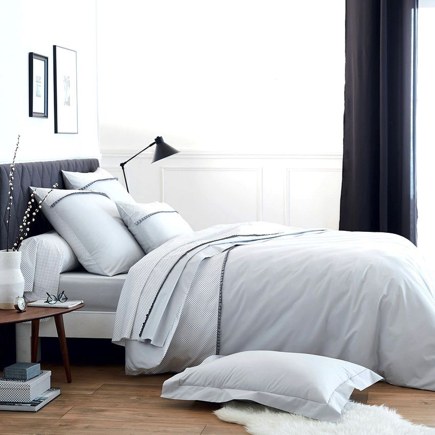 housse de couette et deux taies 260 cm frivole gris. Black Bedroom Furniture Sets. Home Design Ideas