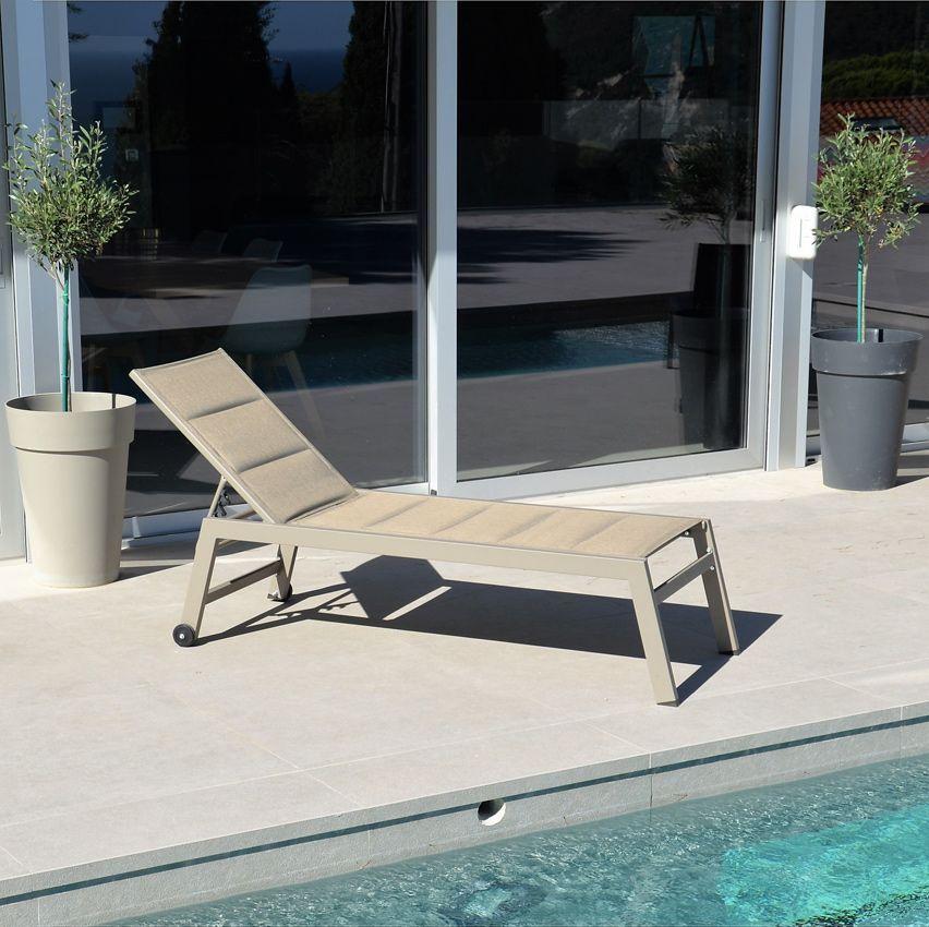 bain de soleil san diego taupe bain de soleil eminza. Black Bedroom Furniture Sets. Home Design Ideas