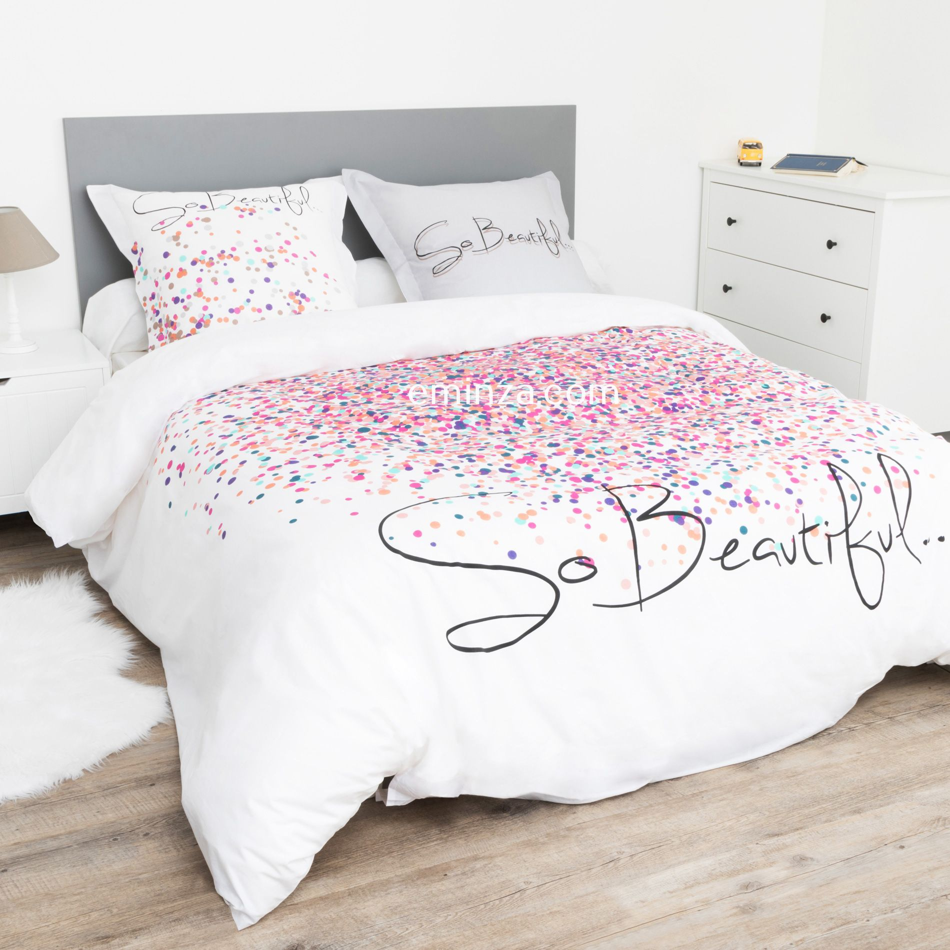 housse de couette et deux taies fireworks 100 coton 240 cm rose housse de couette eminza. Black Bedroom Furniture Sets. Home Design Ideas