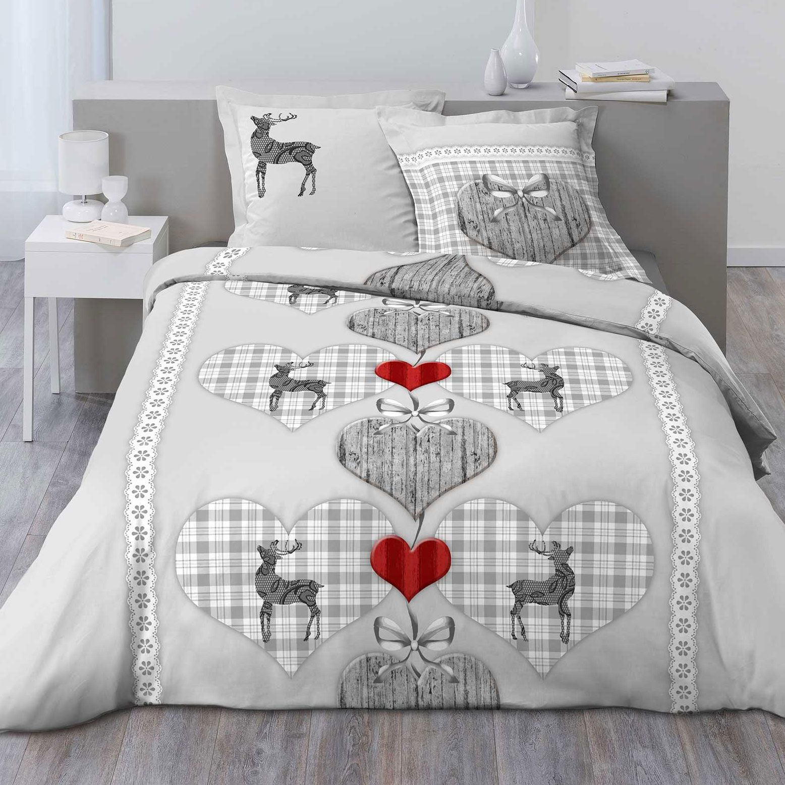 housse de couette et deux taies 100 flanelle de coton 260 cm coeur vichy gris housse de. Black Bedroom Furniture Sets. Home Design Ideas