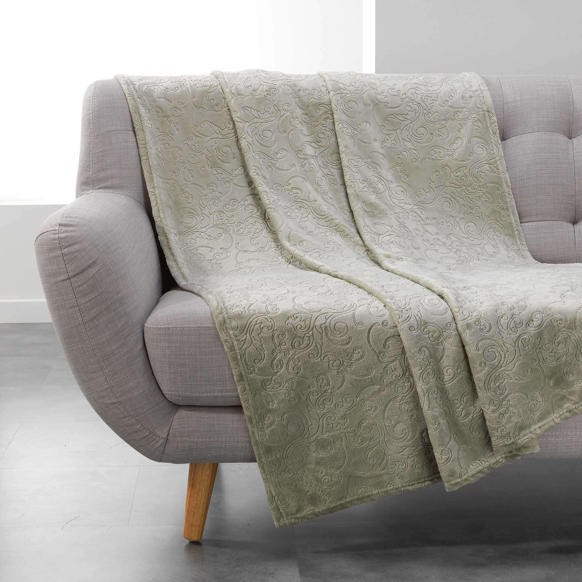 plaid doux 150 cm baroco kaki plaid cocooning eminza. Black Bedroom Furniture Sets. Home Design Ideas