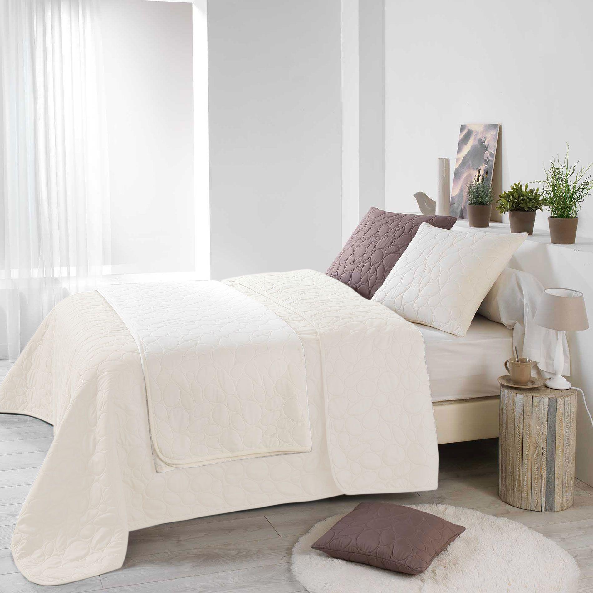 couvre lit 220 x 240 cm dolina naturel couvre lit boutis eminza. Black Bedroom Furniture Sets. Home Design Ideas