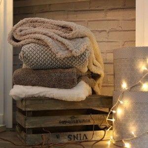 plaid doux 220 cm yuma gris plaid cocooning eminza. Black Bedroom Furniture Sets. Home Design Ideas