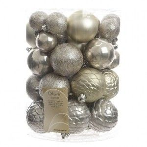 Lot de 38 boules de Noël Alpine Mix Gris