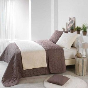 plaid fausse fourrure ours taupe plaid fausse fourrure eminza. Black Bedroom Furniture Sets. Home Design Ideas
