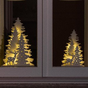 Foret nordique lumineuse blanc chaud