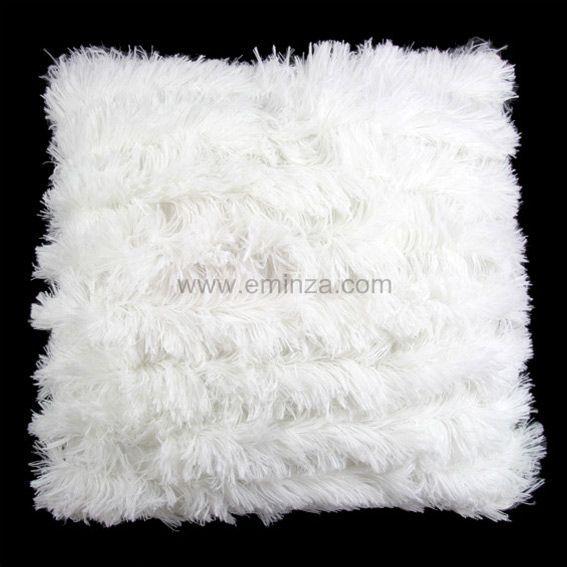 Coussin Poil long Blanc   Déco textile   Eminza