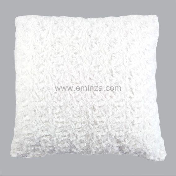 coussin douceur imitation fourrure boucl e blanc d co textile eminza. Black Bedroom Furniture Sets. Home Design Ideas