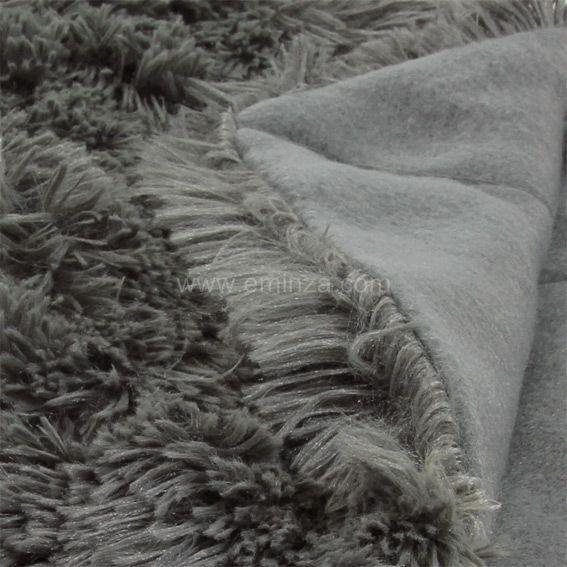 plaid fourrure perfect plaid fourrure synthetique poils. Black Bedroom Furniture Sets. Home Design Ideas