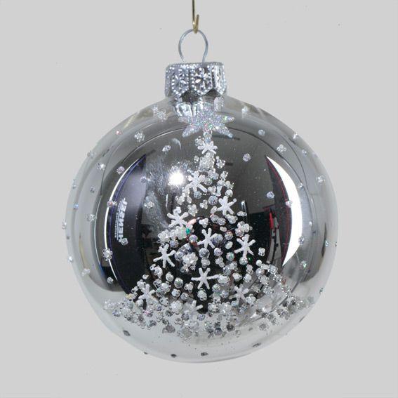 assortiment de 6 boules de no l en verre chanel argent. Black Bedroom Furniture Sets. Home Design Ideas
