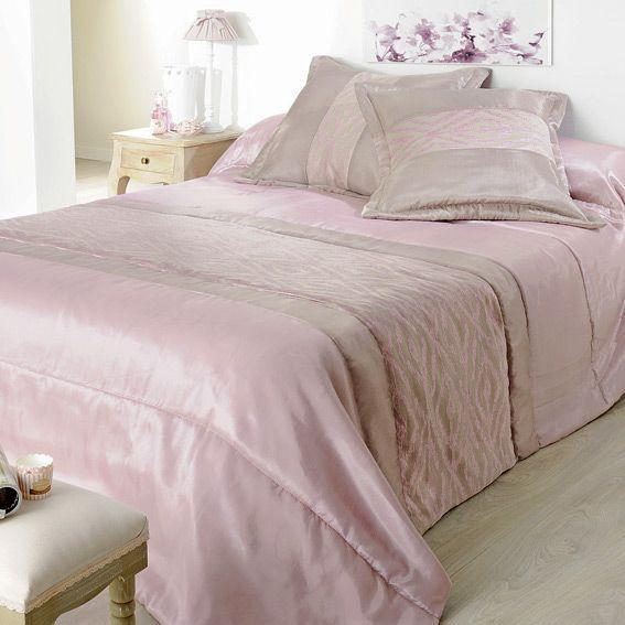boutis et taies d 39 oreiller 230 x 250 cm milano drag e couvre lit boutis eminza. Black Bedroom Furniture Sets. Home Design Ideas