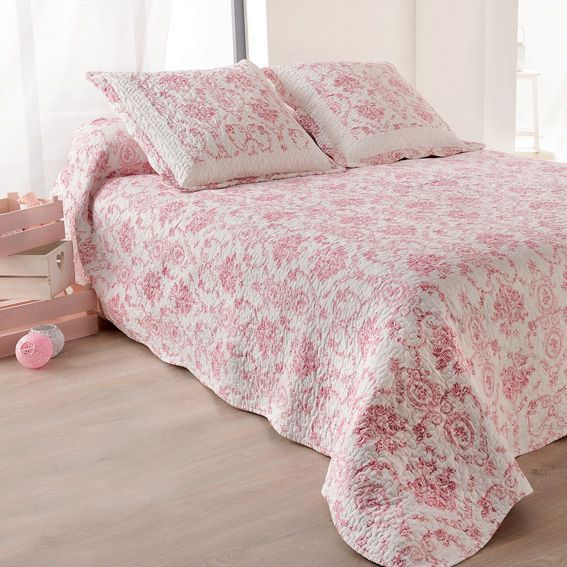 boutis et taies d 39 oreiller 230 x 250 cm toile de jouy rose couvre lit boutis eminza. Black Bedroom Furniture Sets. Home Design Ideas