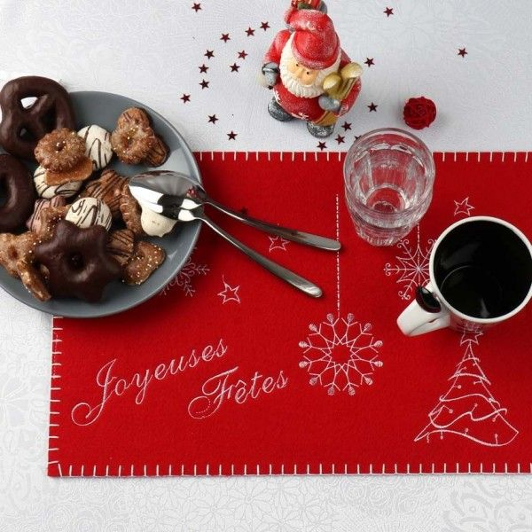 images/product/600/039/9/039986/set-de-table-joyeuses-fetes-rouge_39986
