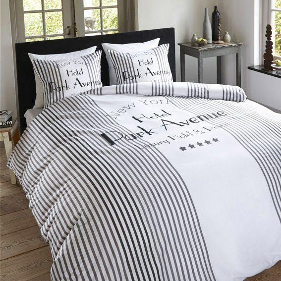 housse de couette et une taie 140 cm park avenue white housse de couette eminza. Black Bedroom Furniture Sets. Home Design Ideas