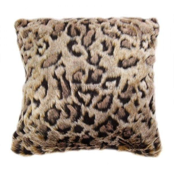 housse de coussin imitation fourrure l opard coussin et housse de coussin eminza. Black Bedroom Furniture Sets. Home Design Ideas
