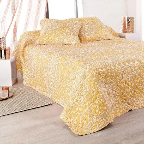 boutis et taies d 39 oreiller 250 x 260 cm mandala jaune couvre lit boutis eminza. Black Bedroom Furniture Sets. Home Design Ideas