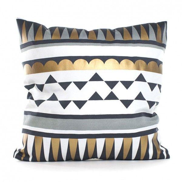 coussin et housse de coussin cuivre coussin et galette eminza. Black Bedroom Furniture Sets. Home Design Ideas