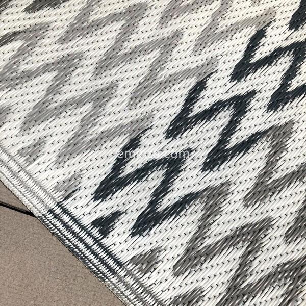 tapis d 39 ext rieur 160 x 260 cm ikati gris tapis d 39 ext rieur eminza. Black Bedroom Furniture Sets. Home Design Ideas