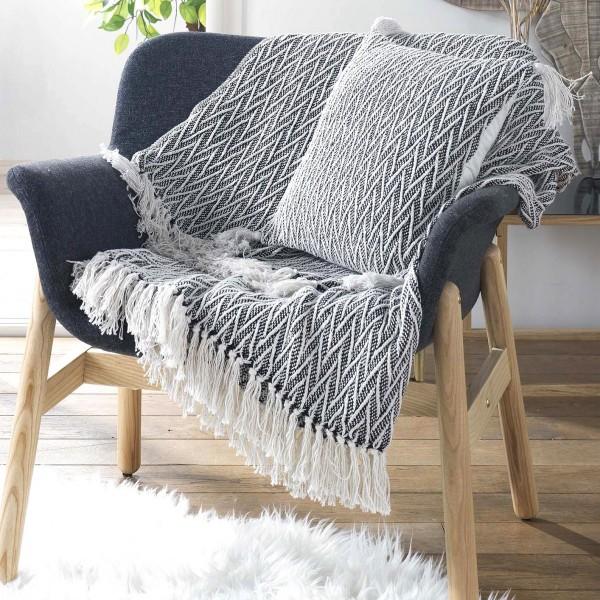 jet de canap 150 cm tressia noir d co textile eminza. Black Bedroom Furniture Sets. Home Design Ideas