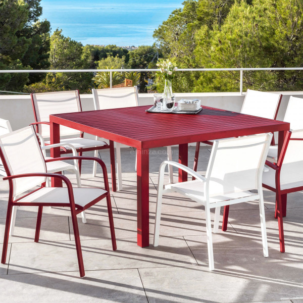 Table de jardin 8 places Aluminium Murano (136 x 136 cm) - Rouge